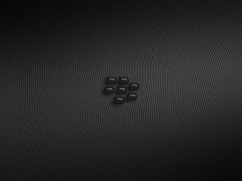 glossy-black-bg-360x480